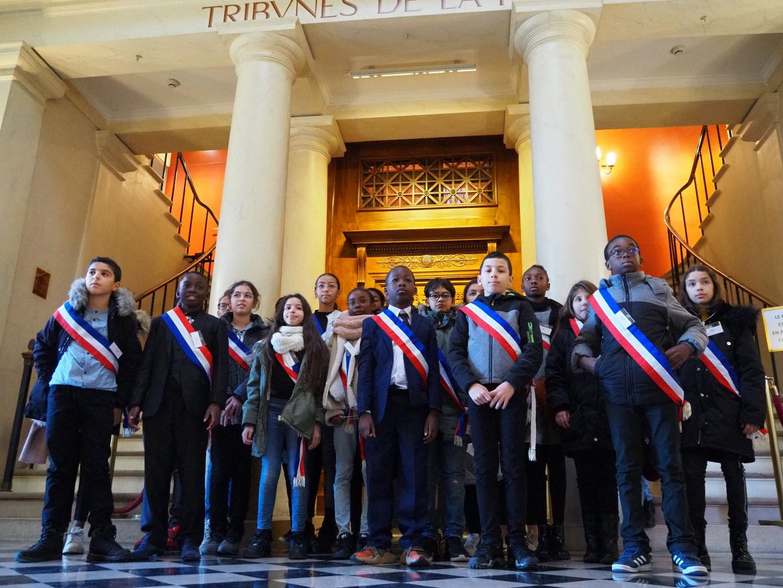 Le CCE visite l'Assemblée nationale