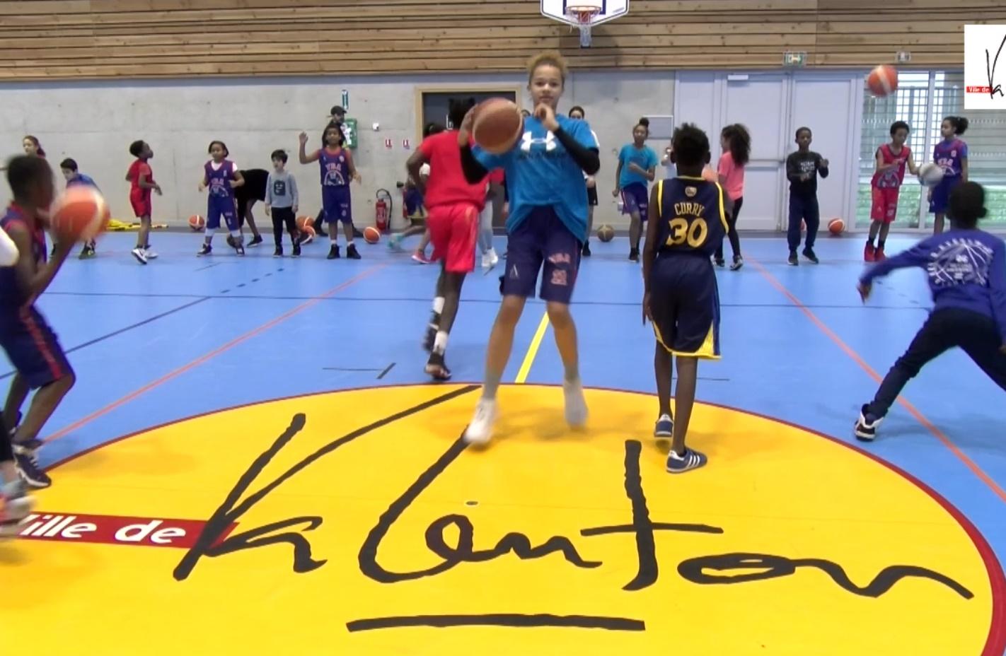 Génération Basket au gymnase Gérard-Roussel